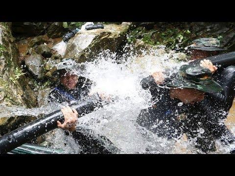Thai cave rescue: Window narrows before heavy rains