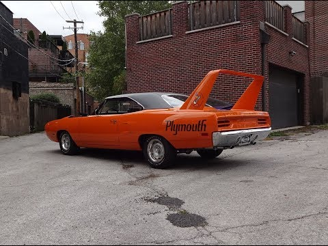 1970 Plymouth Superbird in Vitamin C & 426 Hemi Engine Sound on My Car Story with Lou Costabile