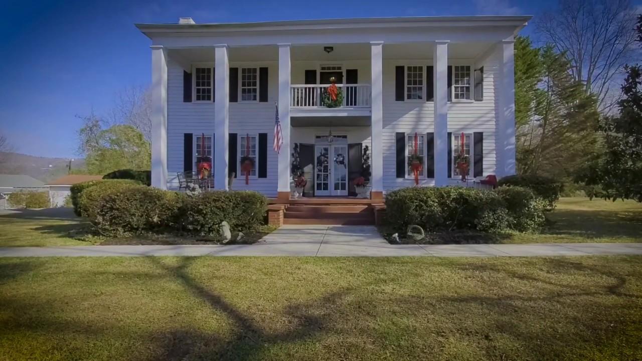 House on the Hill - Jacksonville,  AL