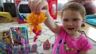 Trolls doll Princess Poppy Surprise Egg  toy shopping spree with KeKe