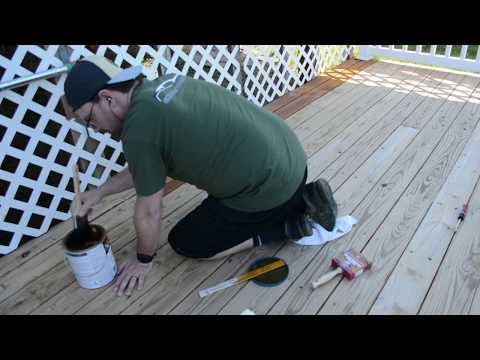 How to Stain a Deck: SHERWIN-WILLIAMS® Super Deck 1st Coat