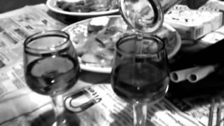 Янка Дягилева - Нюркина песня(Разложила девка тряпки на полу, Раскидала карты-крести по углам. Потеряла девка радость по весне,..., 2013-03-05T14:22:58.000Z)