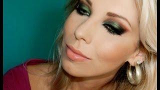 Maquiagem de noite usando sombra verde, com Lu Ferraes