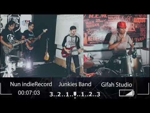 Slank - Tut Wuri Handayani || Cober By Junkies || Gifah Studio