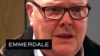 Emmerdale - Paddy Cries When He Sees His Baby!