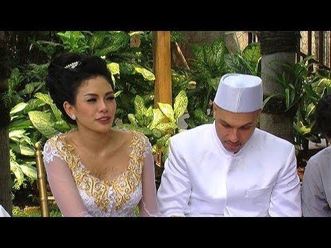 nikita-mirzani-tidak-serius-dengan-pernikahannya-intens-12-oktober-2013