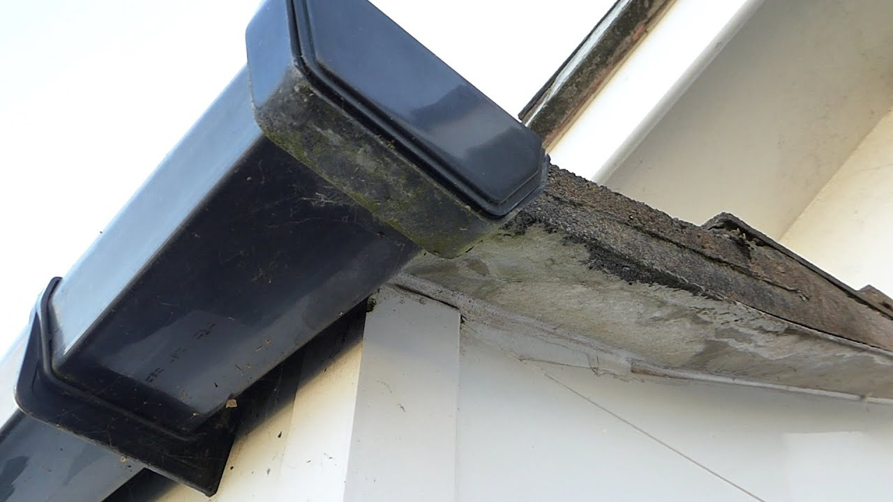 How To Repair A Leaking Gutter