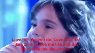 Love me like you do Ellie Goulding   Sienna Belle Canta   Eu e as Crianças Programa Raul Gil