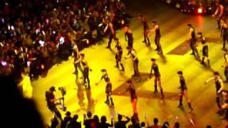 Andy Lau HK Unforgettable Concert 31.12.10 - 信自己