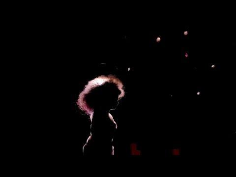 Björk - Isobel (Live at Alexandra Palace, London - Biophilia Live)