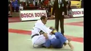 дзюдо,judo,болевые, удушающие(самбо,дзюдо,judo,болевые, удушающие., 2011-11-08T03:37:00.000Z)