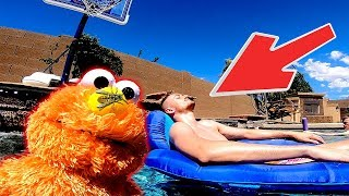 Elmo Make's A New Pool Friend Ft Best In Class!