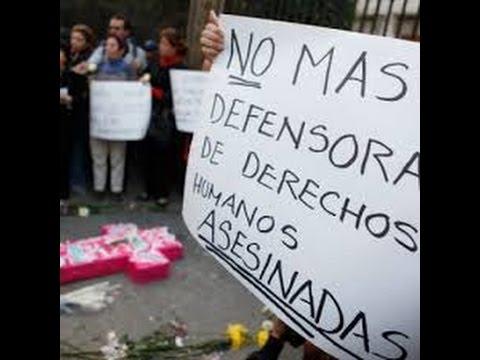 Defensores de derechos humanos...