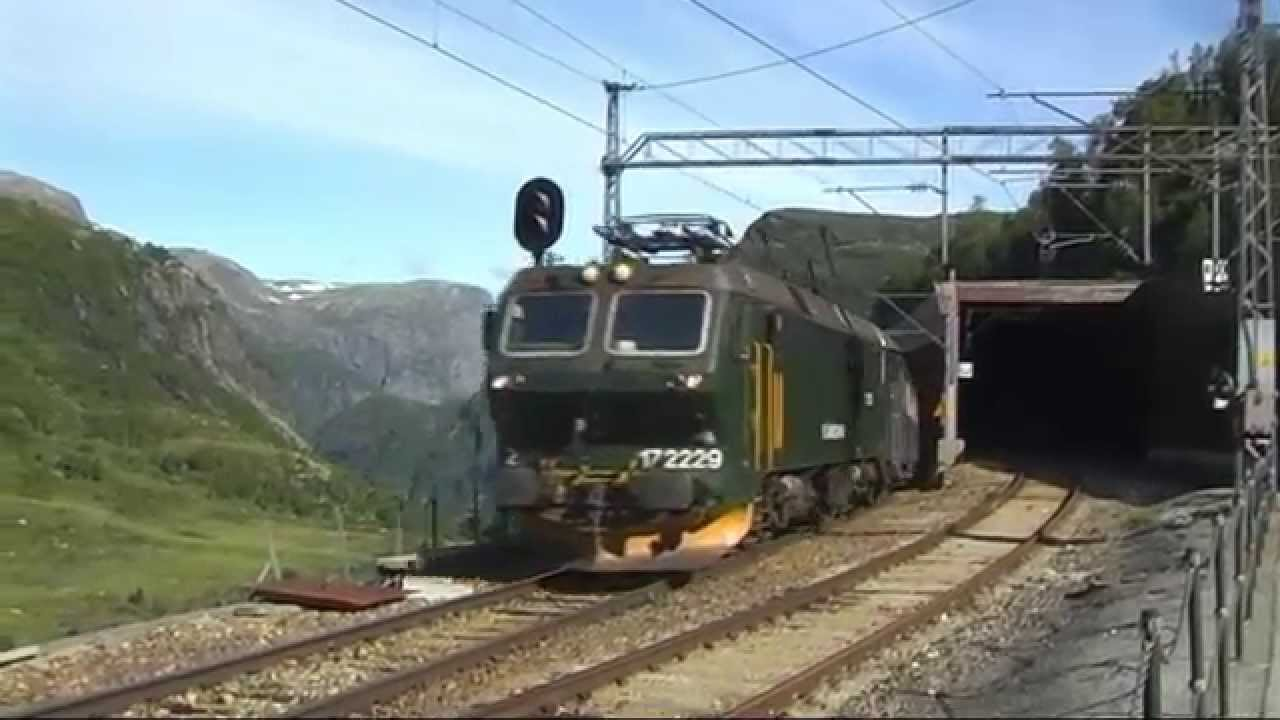 Norway Train Flåmsbana Flam Railway Amazing Norwegian Mountain Railway