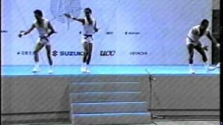 1998 10 芸能人がエアロビクスダンスに挑戦したときのビデオです。 光ge...