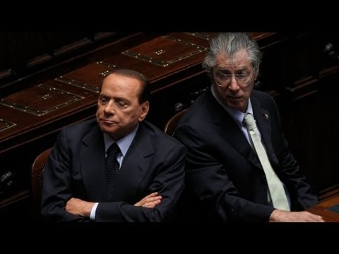 Berlusconi deserted by top ally ahead of crucial vote