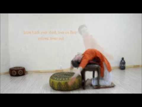 how you can do little thunderbolt pose laghu vajrasana