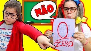 MINHA MÃE FINGE SER ALUNA POR UM DIA E TIROU ZERO