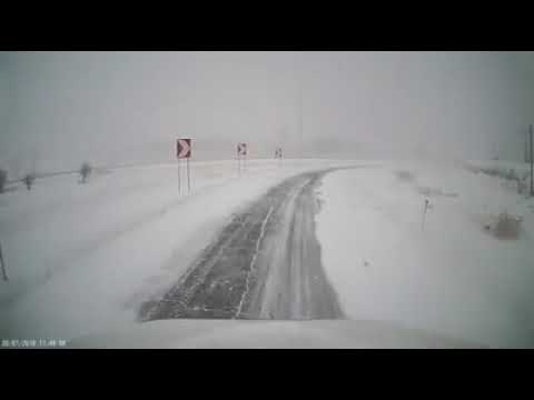 FULL VIDEO: DashCam: Semi Truck Crashing With Two Cops Car During Snowstorm