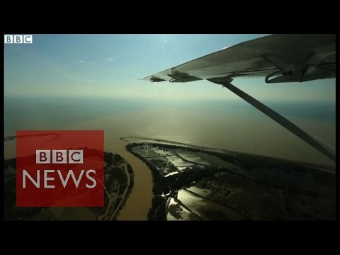 Aerial view of Asian boat migrant route - BBC News