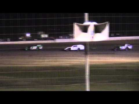 Modifieds at Lubbock Speedway 8-9-13