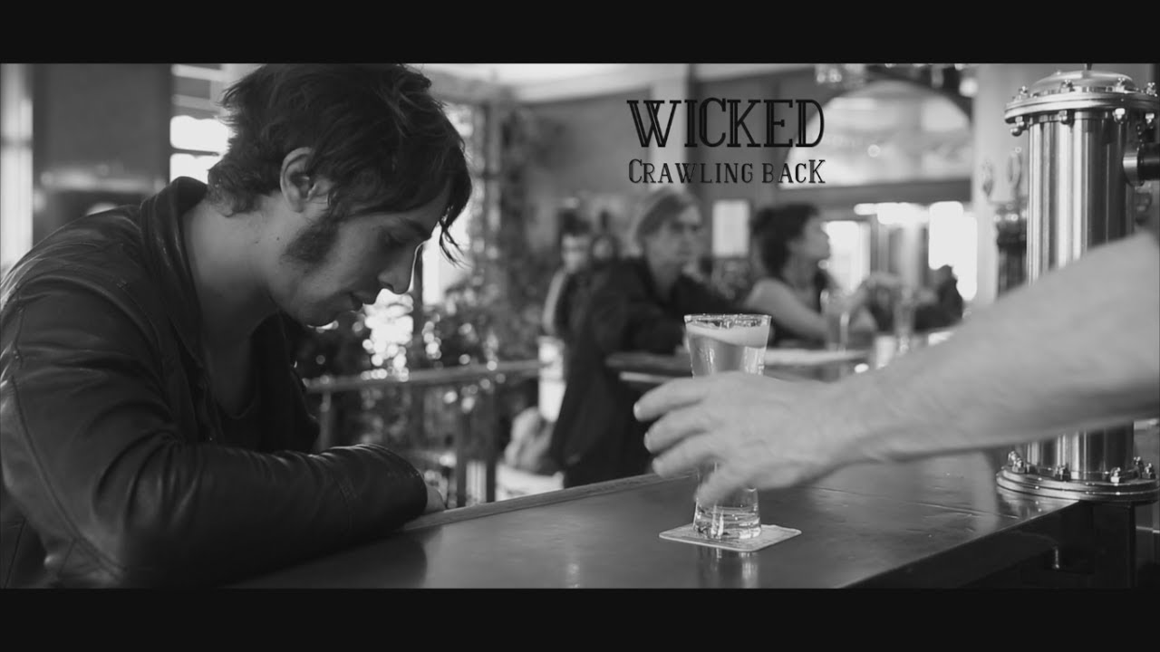 wicked-crawling-back-clip-officiel-wicked
