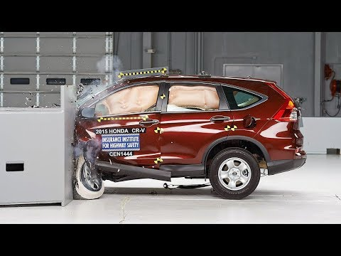2015 Honda CR V small overlap IIHS crash test