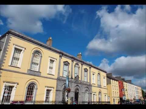 Waterford's Viking Triangle 24914