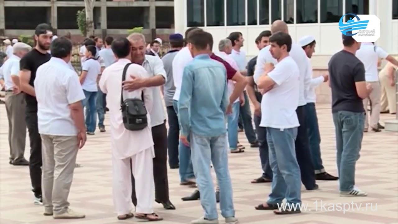 Мусульмане встречают месяц поста – священный Рамадан