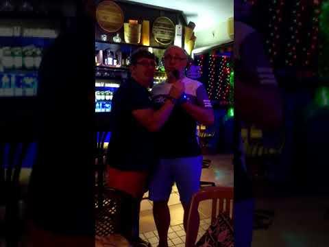 Vanilla Bar Karaoke, Turunc.