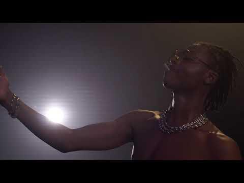 Koba LaD - Concert à Toulouse, Live Show en feu ( vidéo by Hamza Hrc )