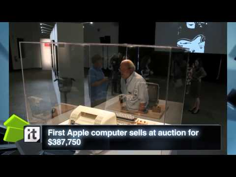 Technology News - First Apple Computer Sells At Auction For $387,750_2
