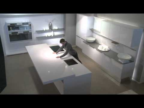 silent move worktop by HACKER