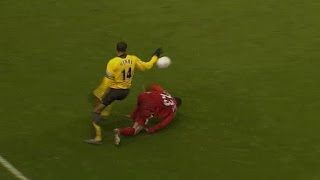 Thierry Henry crazy run vs Jamie Carragher