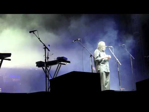 Massive Attack - Angel - Live at the Greek, Berkeley 2010