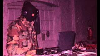 LE SYNDICAT ELECTRONIQUE // At the end (1999)