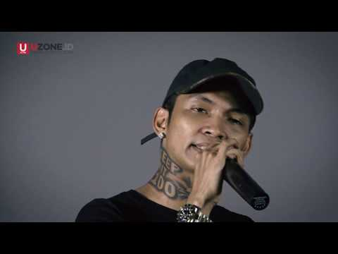 Young Lex - Office Boy @Uzone.id