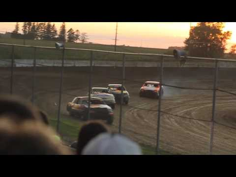 MVI 9682   STUART SPEEDWAY 7/24/2016 STOCK CAR FEATURE