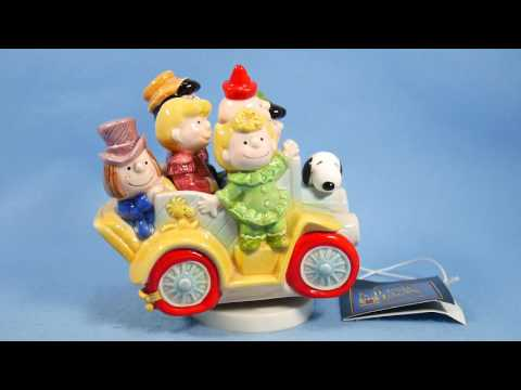Schmid 1985 Snoopy Music Box Clown Capers