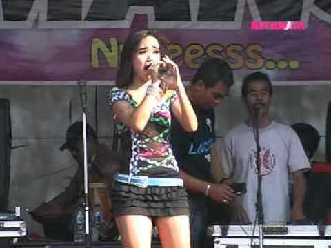 ROMANSA - Hati Hancur Jadi Debu - EDOT ARISNA - LIVE IN Jekulo 26-08-2015
