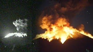 Video BREAKING NEWS! Video Detik-detik Gunung Agung Bali Alami Erupsi Malam Ini download MP3, 3GP, MP4, WEBM, AVI, FLV Juli 2018