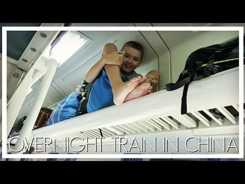 OVERNIGHT SLEEPER TRAIN IN CHINA