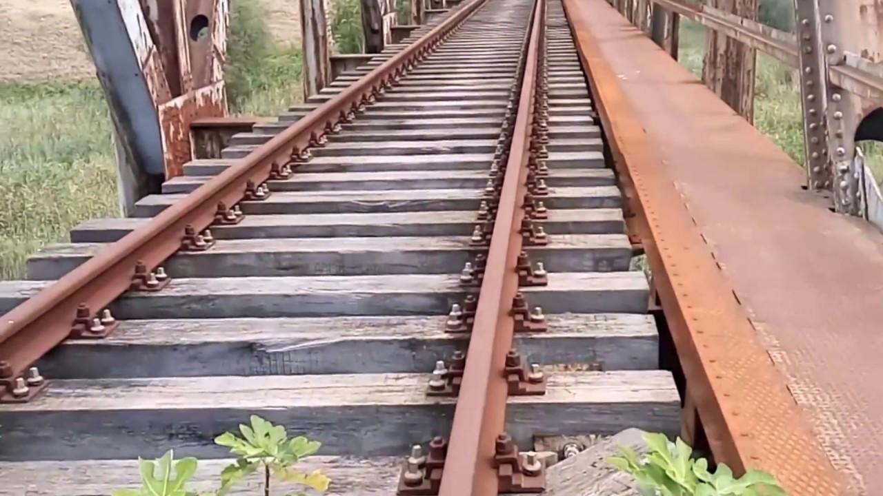 Αποτέλεσμα εικόνας για σιδηροδρομική γέφυρα Γαλλικού ποταμού