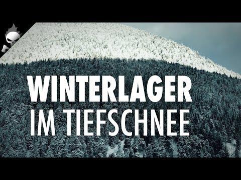 wildcampen-im-winter-–-outdoor-lager-im-tiefschnee-mit-pot-hanger-und-outdoor-küche