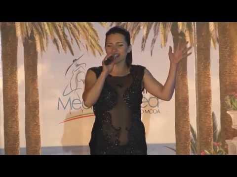 Ведущая, певица Анастасия Свобода Fashion Marine Fest 2015
