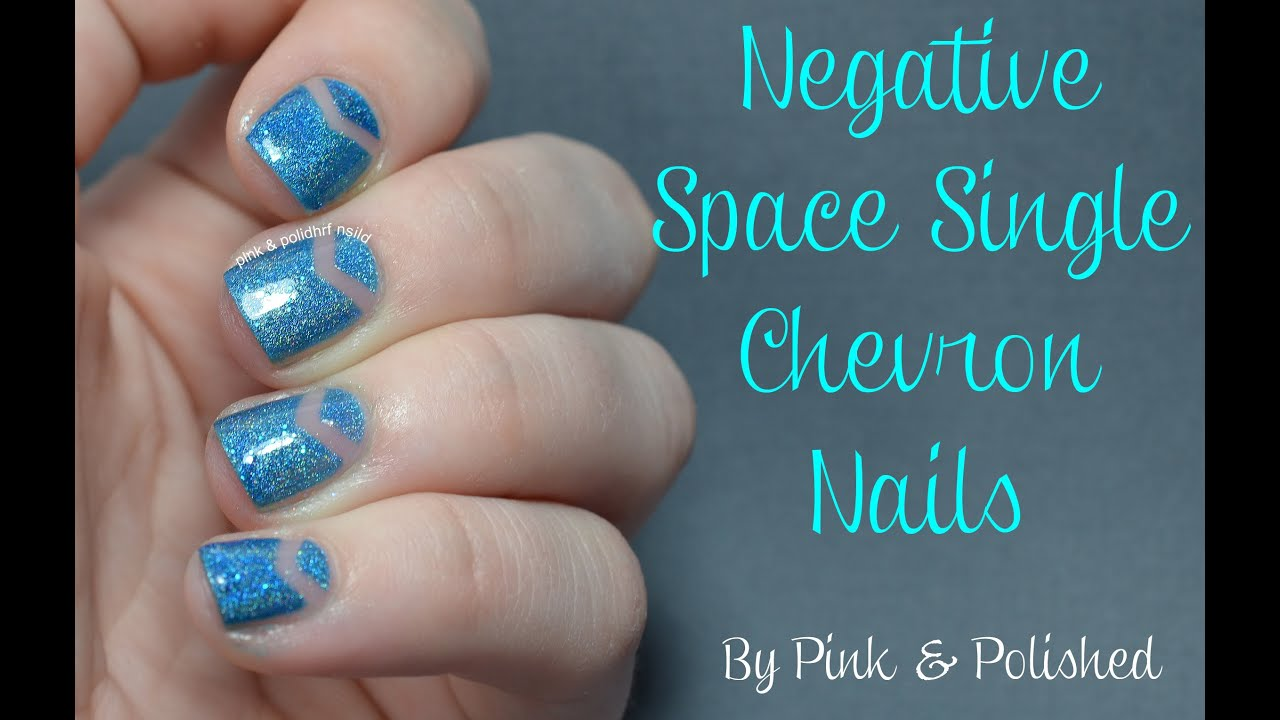 negative space single chevron nail