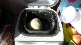 Хлебопечь Supra BMS-150 месит колобок белого хлебушка
