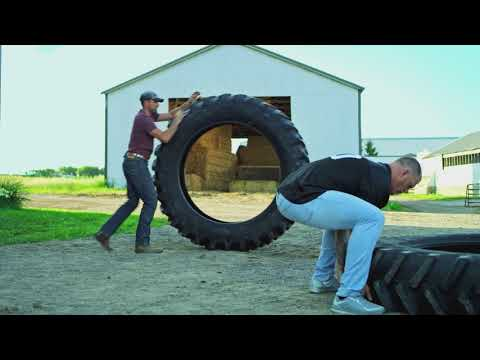 Land O'Lakes Farm Bowl: Kyle Rudolph vs. A Tire