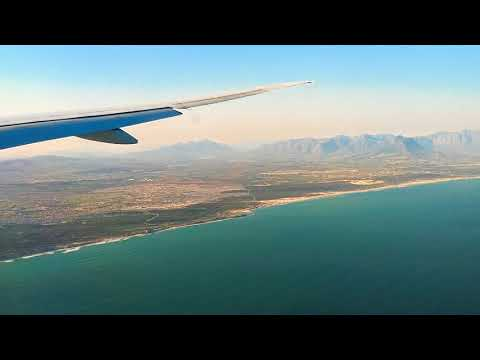 Emirates EK770 - Boeing 777-31H(ER) from Dubai (DXB) Landing Cape Town International Airport (CPT)