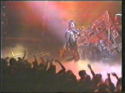 Alice Cooper live at Odeon Birmingham, England 1986